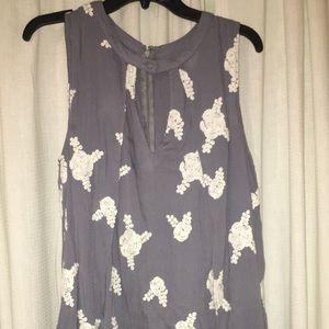 Dresses & Skirts - floral embroidered dress